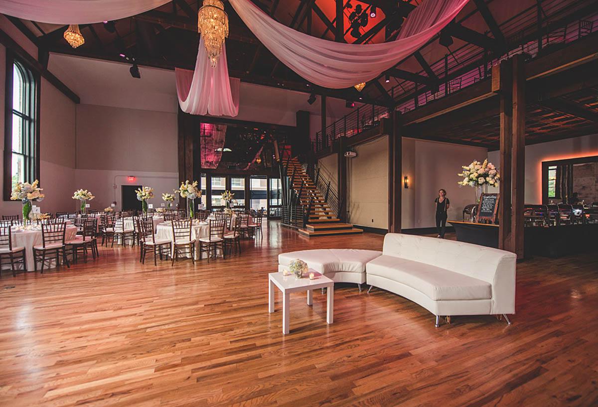 Lounge Area Wedding Tips