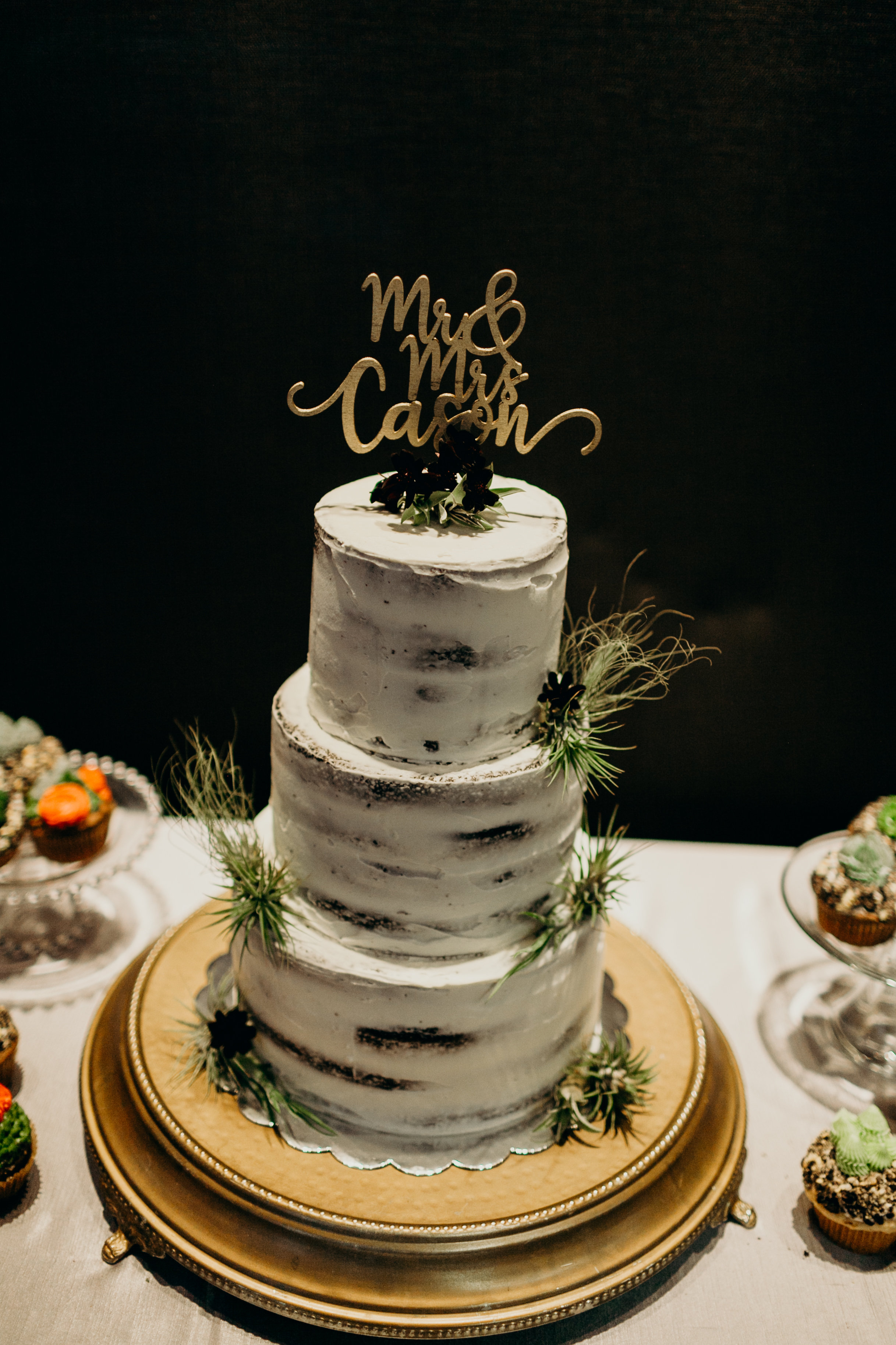 Chelsey and Parker's wedding cake