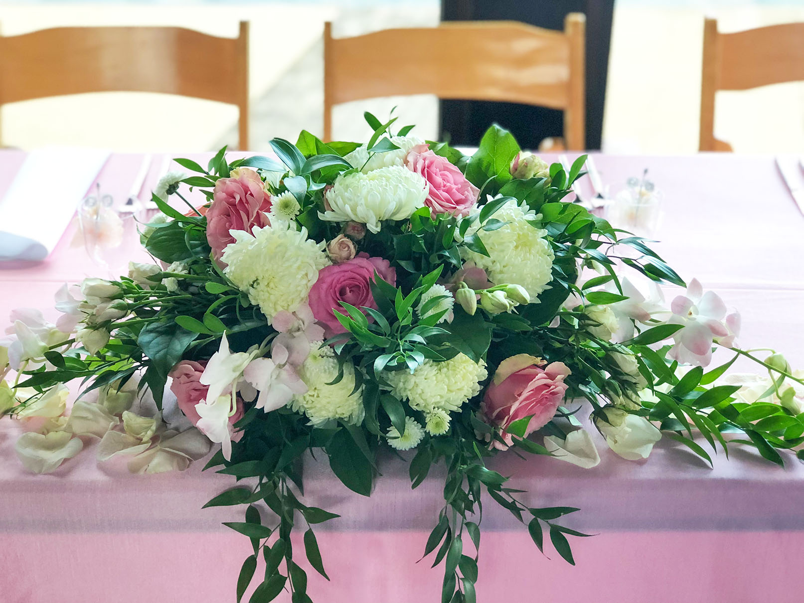 A peruvian perfectly pink quinceaera infinity events catering blog floral centerpiece on head table izmirmasajfo